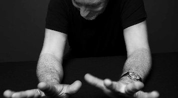 An evening with YANN TIERSEN solo in concert