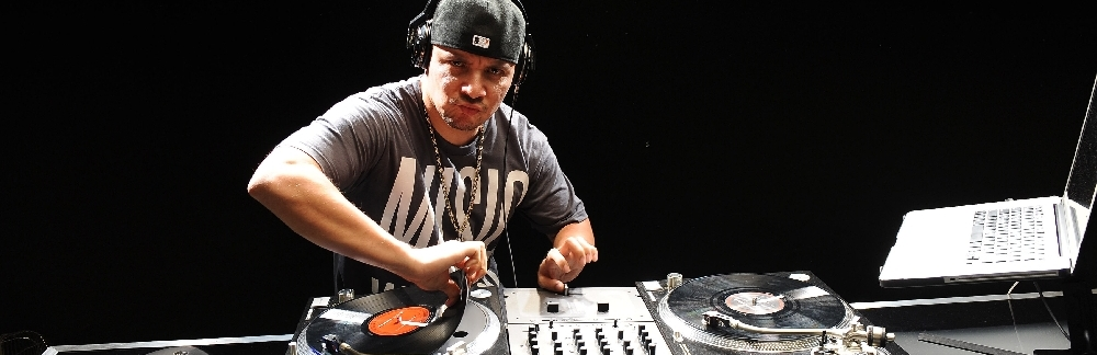 MIX MASTER MIKE (of the BEASTIE BOYS)